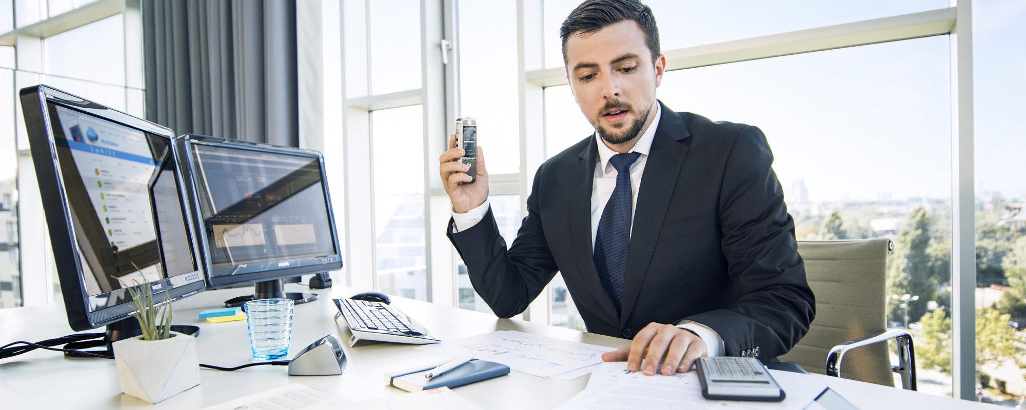 AVT de specialist voor digitaal dicteren en spraakherkenning - dicterende advocaat