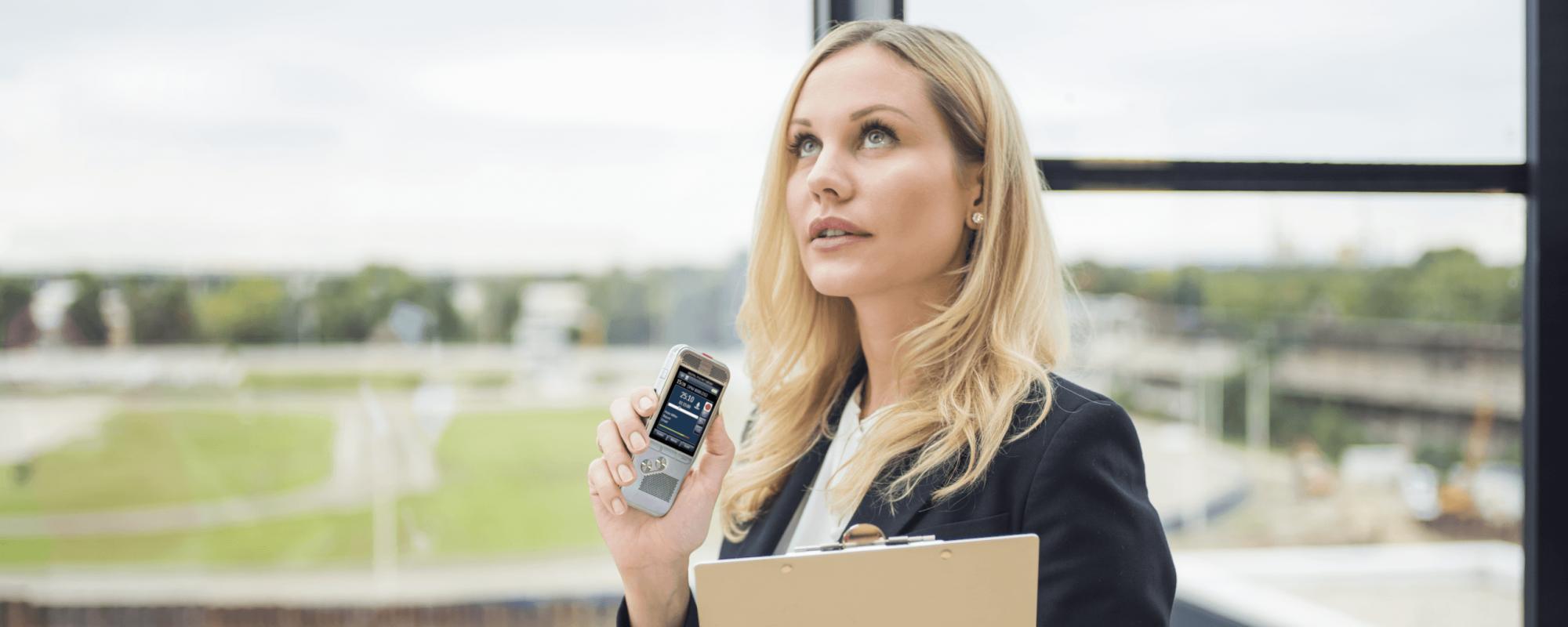 AVT de specialist voor digitaal dicteren en spraakherkenning - Dicteer uw verslagen met een Philips PocketMemo Dicterrecorder