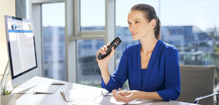 De-Philips-SpeechMike-Premium-Air-Draadloze-handmicrofoon